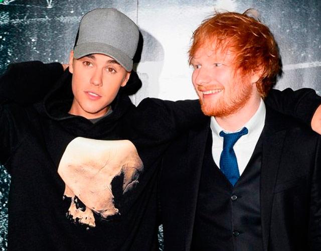 Ed Sheeran pegó a Justin Bieber borracho