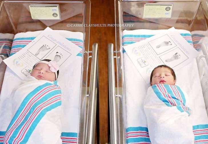 Estos bebés de familias distintas han nacido el mismo día y se llaman Romeo y Julieta