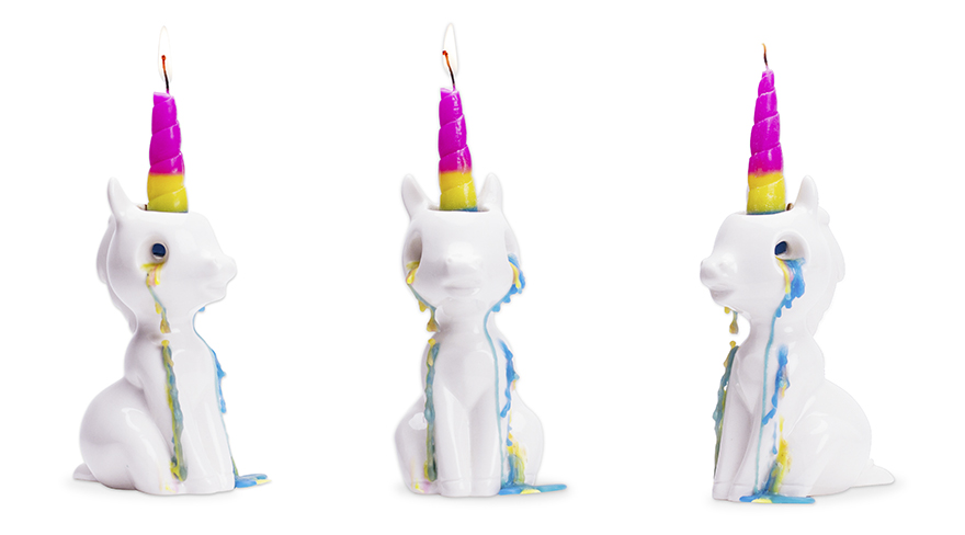 La adorable vela de unicornio con lágrimas de colores