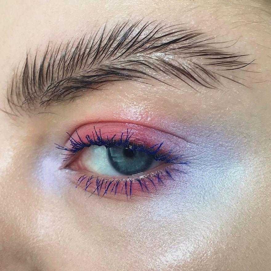 'Cejas plumas': la nueva forma de peinar las cejas que ya está arrasando