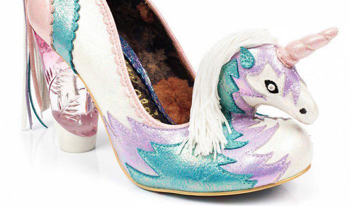 Zapatos de unicornio que son demasiado locos para ser reales
