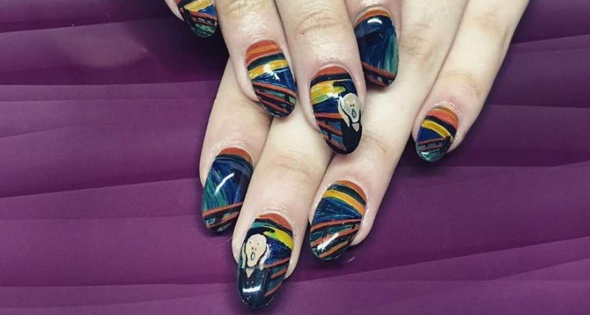 Esta chica recrea obras de arte en sus uñas