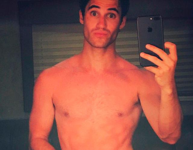 La foto de Darren Criss desnudo que calienta Twitter