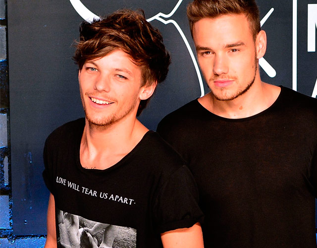 Louis Tomlinson y Liam Payne de One Direction cantan juntos 'Bridge Over Troubled Water'