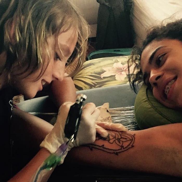 Este tatuador de 12 años se ha convertido en todo un fenómeno en la red