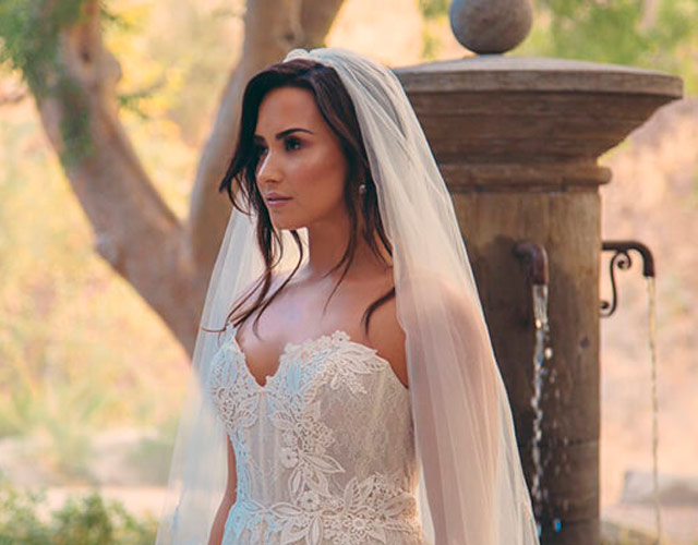 La boda de Demi Lovato en el vídeo de 'Tell Me You Love Me'
