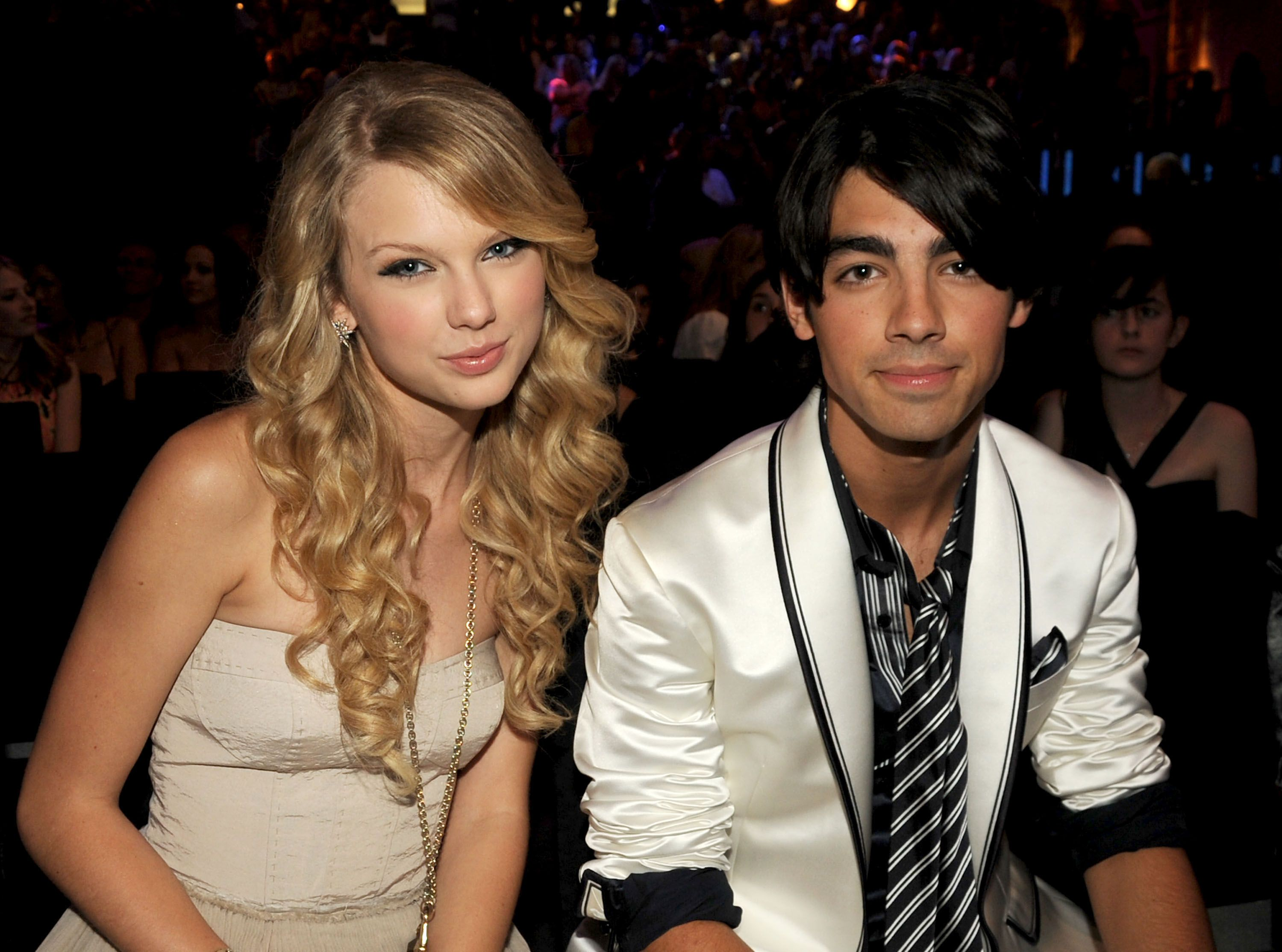 "La letra de la canción de Taylor Swift ""You All Over Me"" parece ser totalmente sobre Joe Jonas"