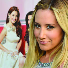 Ashley Tisdale es productora de la serie 'Miss Advised'