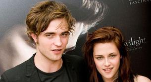 Kristen Stewart visita a Robert Pattinson en su trabajo