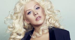 """Christina Aguilera contenta con su cuerpo en la portada de """"Marie Claire"""""""