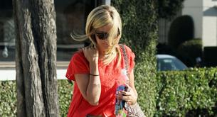 Ashley Tisdale vuelve a ser rubia