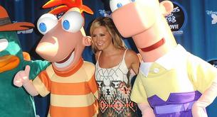 "Ashley Tisdale en la premiere de ""Phineas y Ferb"""