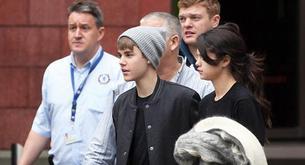 Justin Bieber y Selena Gómez salen a cenar por París