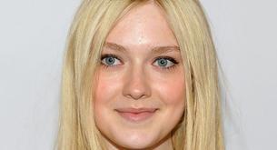 Dakota Fanning muy de blanco en los Premios GLAAD 2012