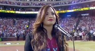 Vídeo de Demi Lovato cantando el himno de EEUU