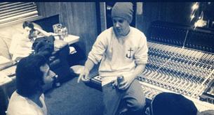 """Nuevas fotos de Justin Bieber en su estudio grabando """"Believe"""""""