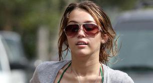 Las tetas de Miley Cyrus cuestionadas como falsas