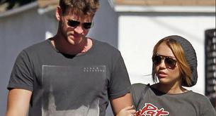 Miley Cyrus y Liam Hemsworth salen juntos de compras