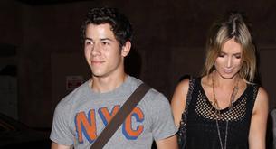 Noche íntima la de Nick Jonas y Delta Goodrem