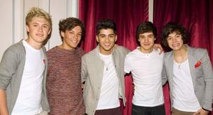 FOTOS: Los One Direction pasan el día de San Valentín con sus fans de París