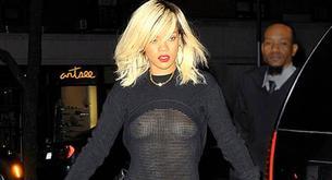 Rihanna quiere que le veas las tetas