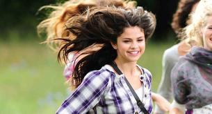 Selena Gómez anuncia nueva sesión de fotos para Dream Out Loud