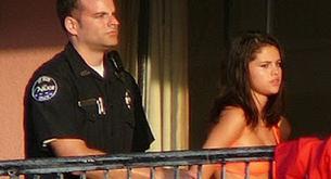 Selena Gómez y Vanessa Hudgens detenidas por la policía