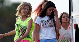 """FOTOS: Selena Gómez no lleva sostén en el rodaje de una secuencia de """"Spring Breakers"""""""