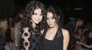 Selena Gómez, Vanessa Hudgens y Emma Roberts juntas en una película