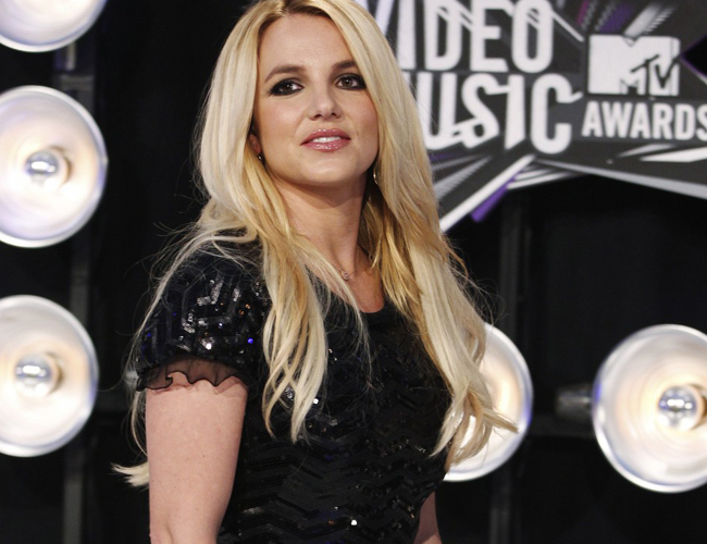 El vídeo del homenaje a Britney Spears en los MTV Video Music Awards 2011
