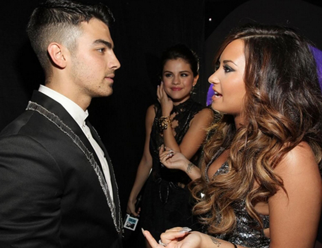Joe Jonas y Demi Lovato: reencuentro en los MTV Video Music Awards 2011