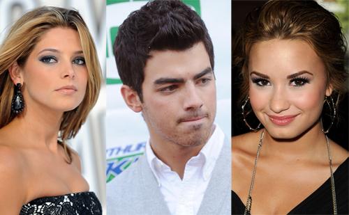 Demi Lovato sigue a Ashley Greene en Twitter